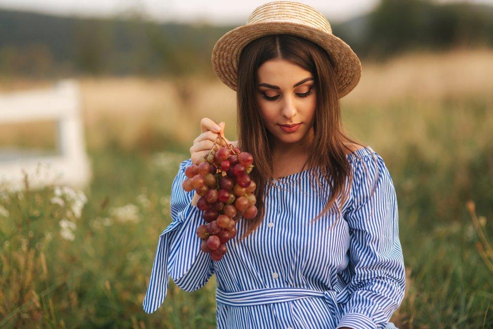 Особенности употребления винограда во время беременности