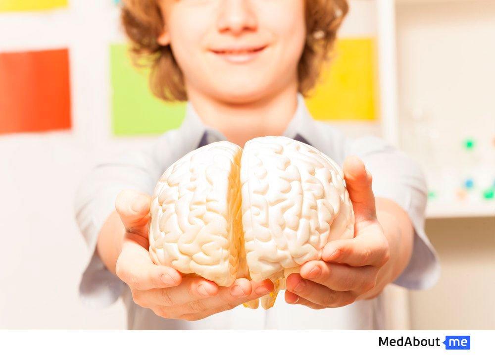 Порок развития головного мозга