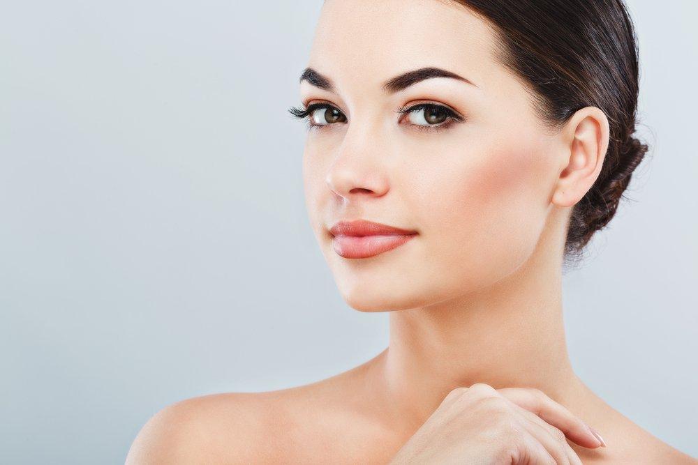 Роль базы под макияж в создании эффектных образов