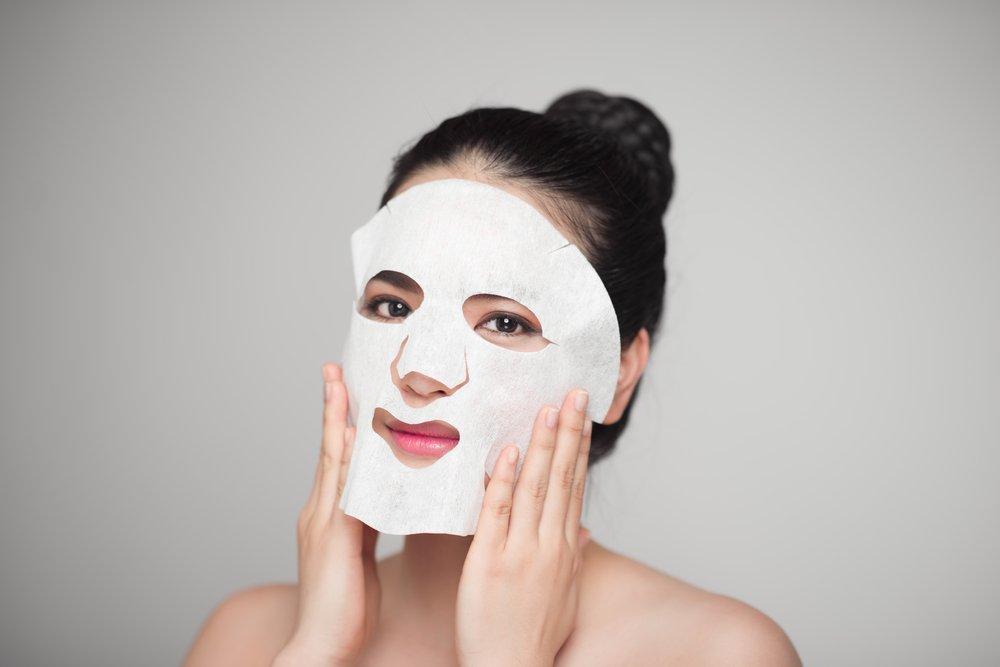 Сухие тканевые маски: альтернатива косметике с влажной пропиткой
