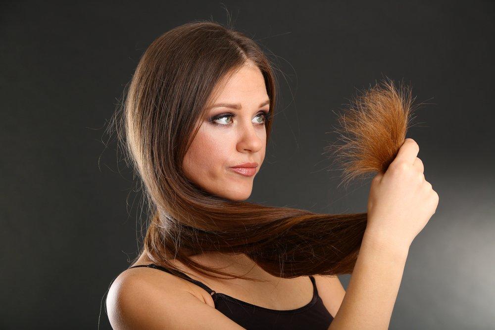 Комбинированный тип: увлажнение и питание сухих кончиков волос