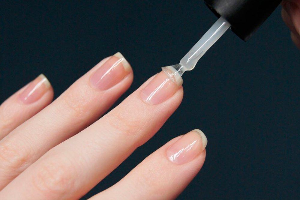 Польза лечебных лаков для красоты и здоровья ногтей