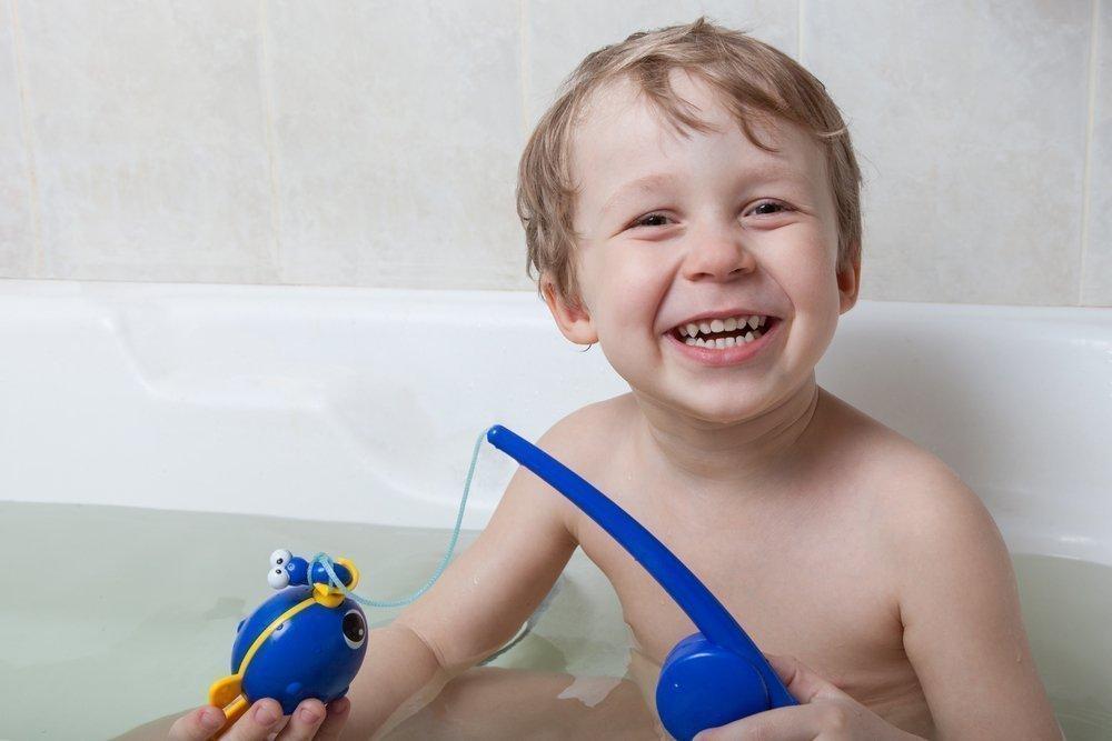 Гигиена малыша: кто научит?