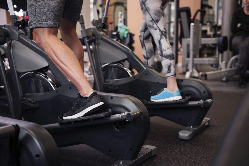 Разновидности эллиптических тренажеров для фитнеса