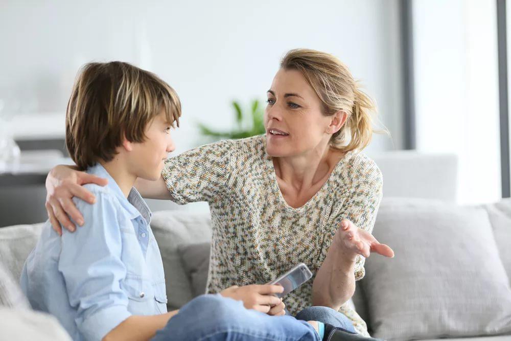 Тактика родителей: осторожные вопросы и подсказки