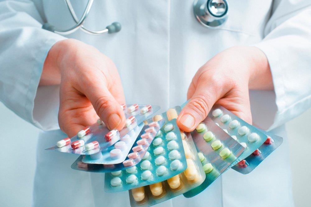 Осторожность в использовании медицинских препаратов при лечении и профилактике простудных заболеваний