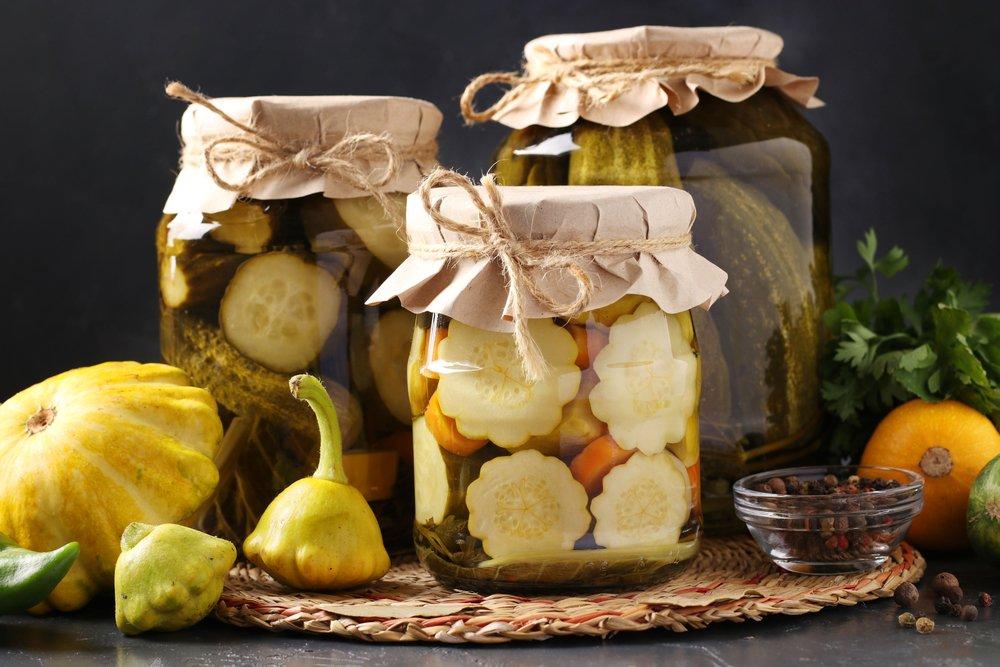 Как приготовить патиссоны моченые с яблоками?