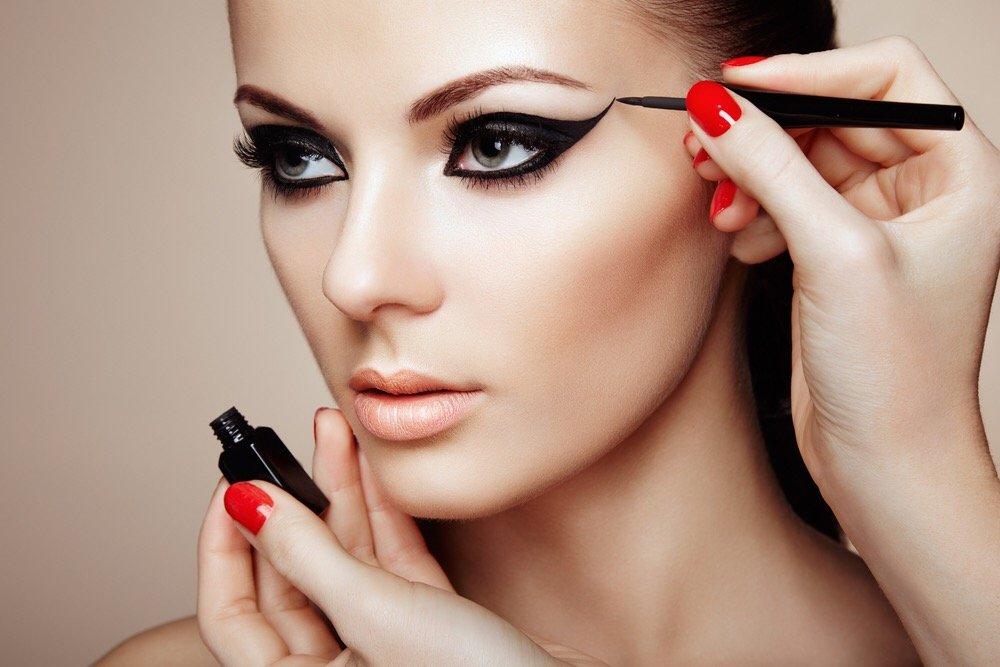 Модные техники макияжа глаз