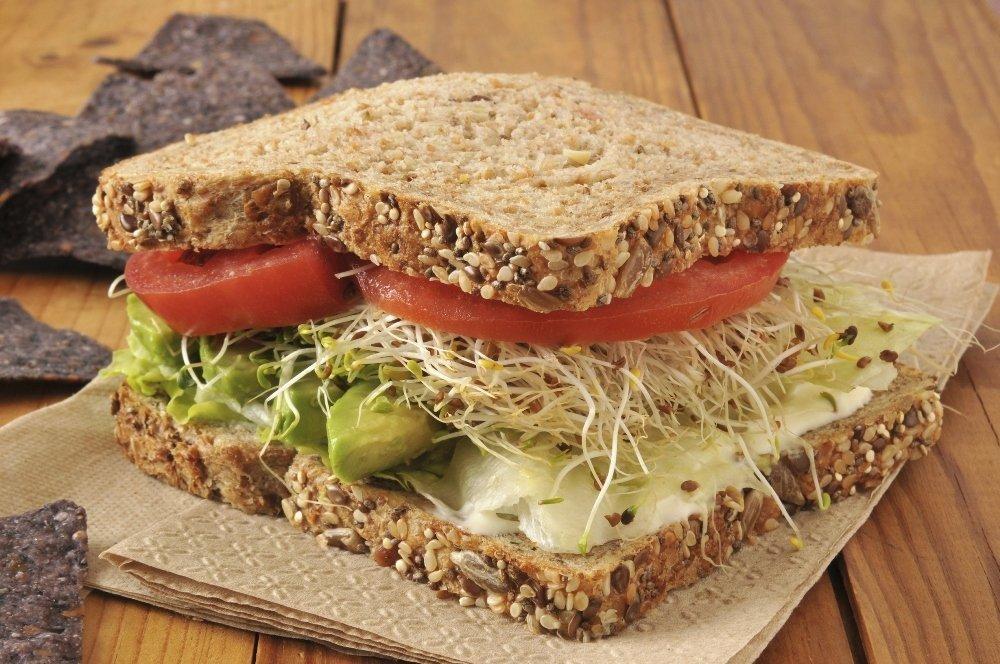 Правила питания бутербродами для здоровья