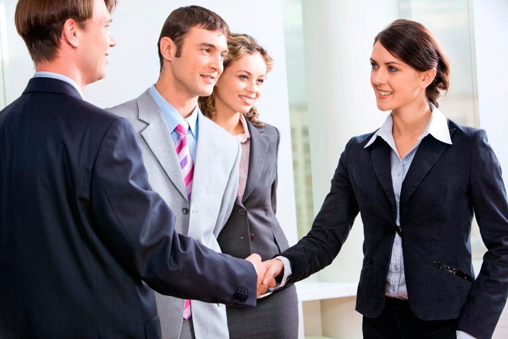 Психология общения: с чего начинается контакт?