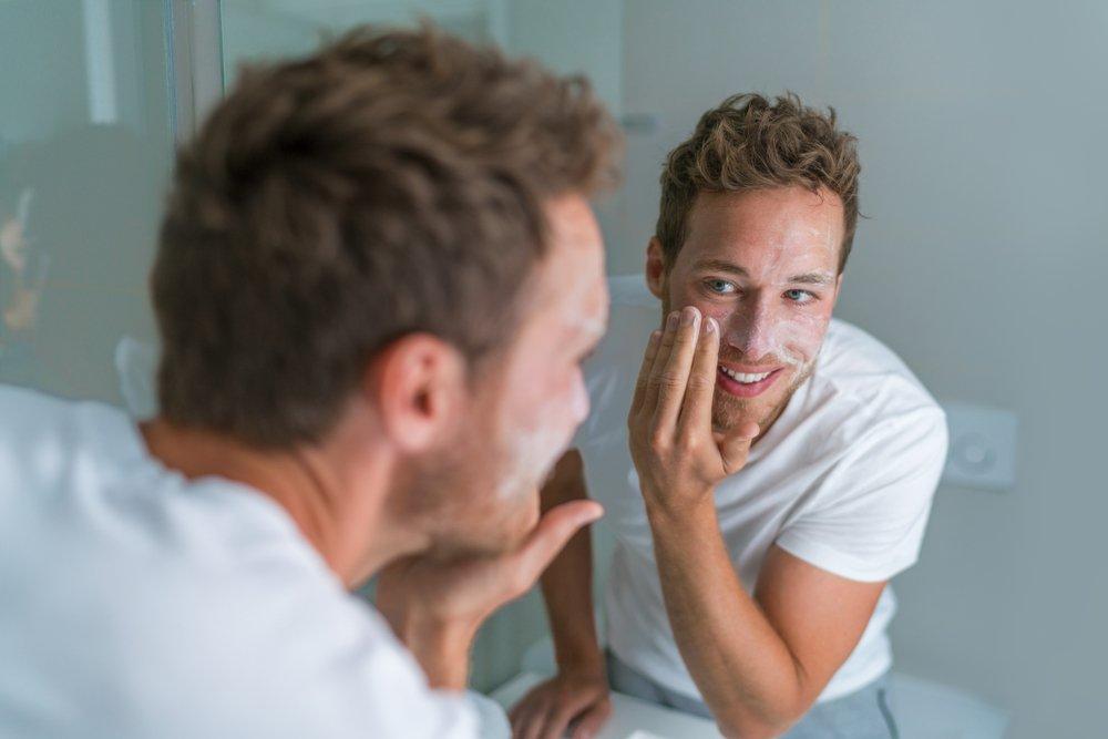 Миф 5: Умывание с банным мылом — отличная профилактика прыщей