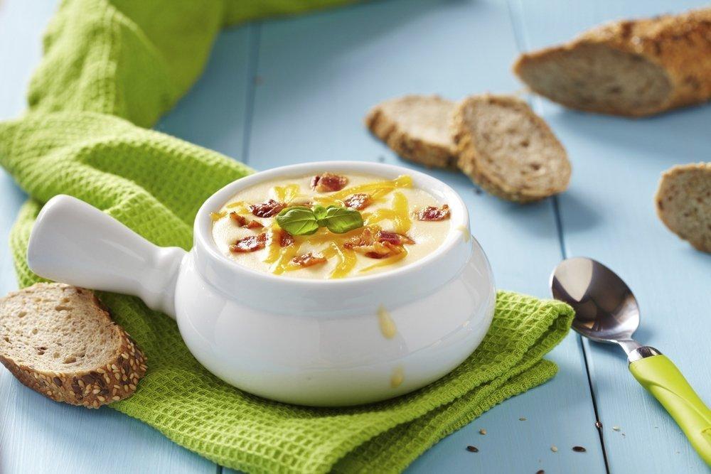 Классический рецепт сырного супа с гренками