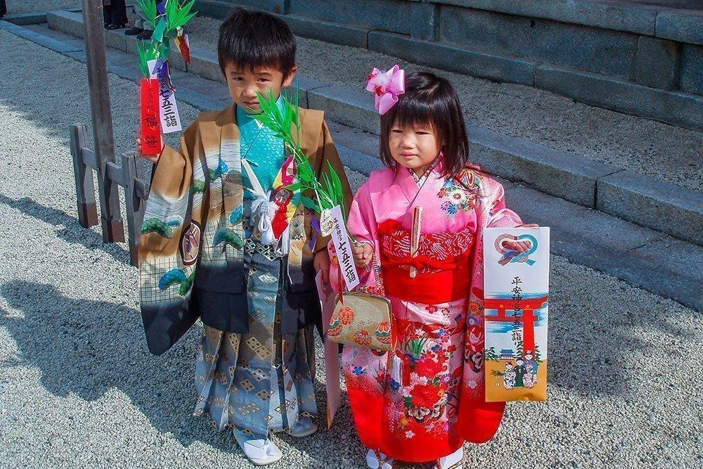 Одежда для ребенка: традиции разных народов