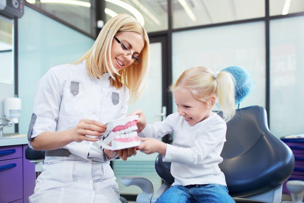 Стоматолог для детей: зачем нужен?