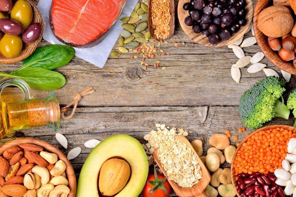 Миф 8: Плоский живот можно «сделать» в спортзале, не контролируя питание