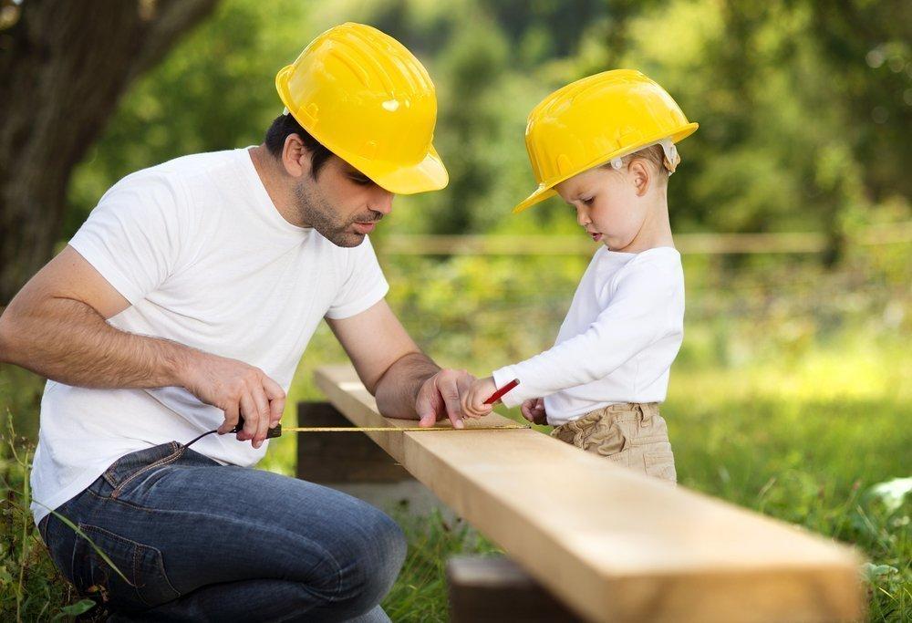 Дети любят помогать через игру
