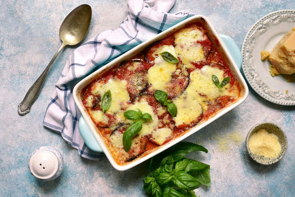 Рецепт запеченных с томатами баклажанов
