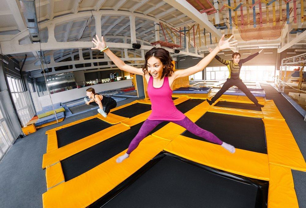 Прыжки на батутах для детей и взрослых