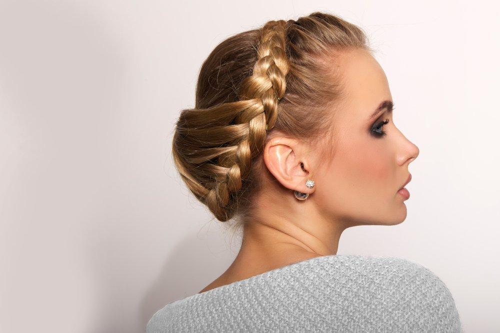 Красота в простых косах