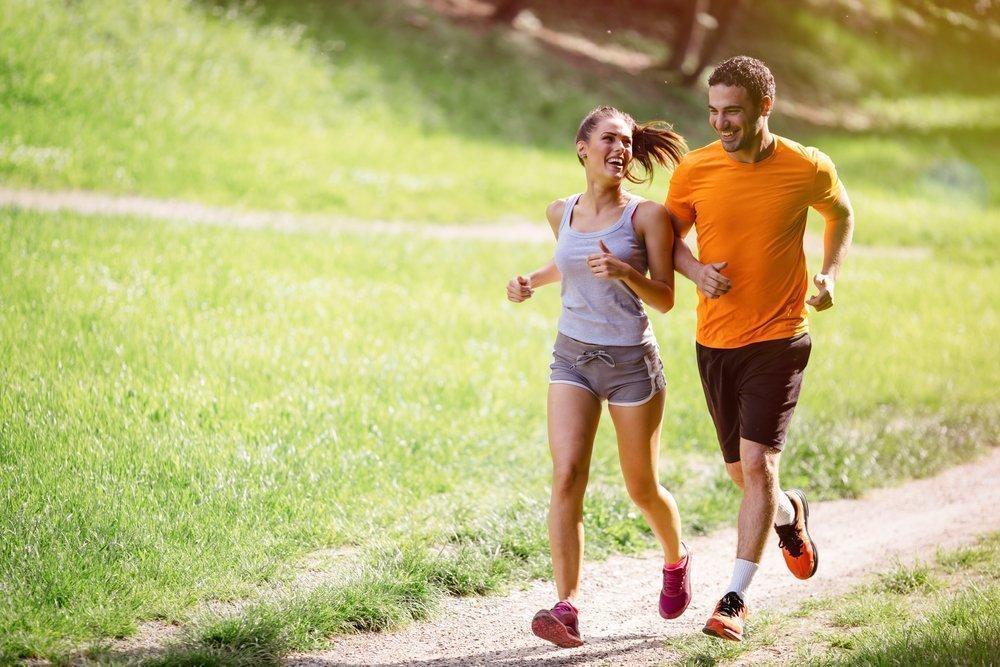 Аэробные фитнес-тренировки: бег в стабильном темпе