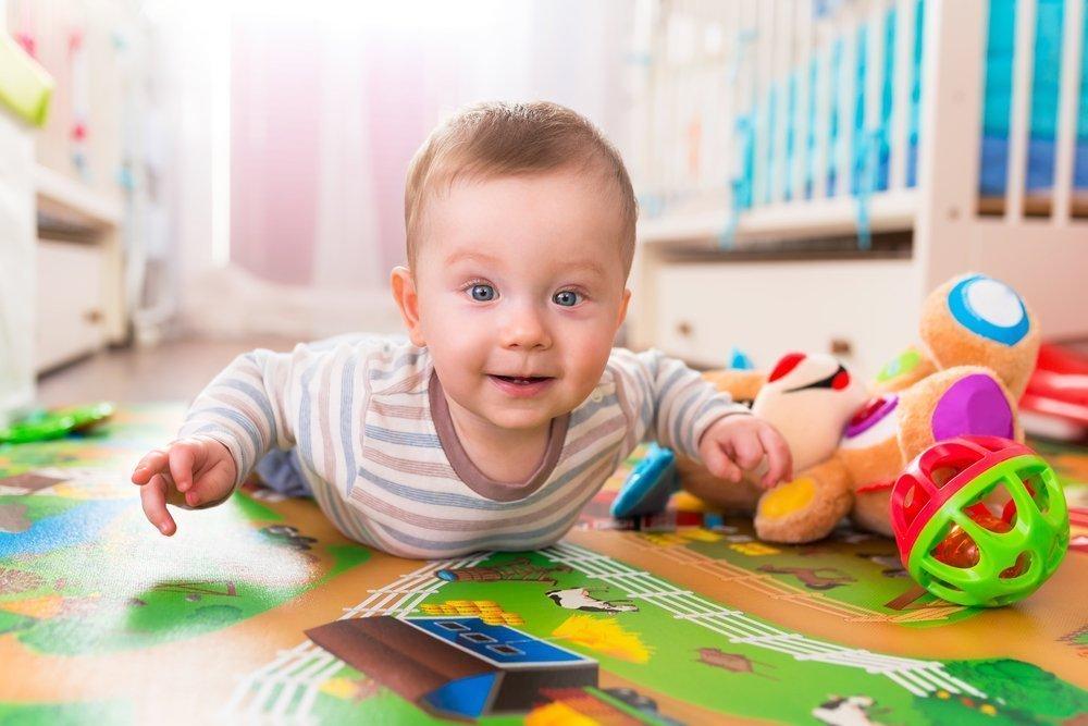 Развитие ребенка от 7 до 9 месяцев