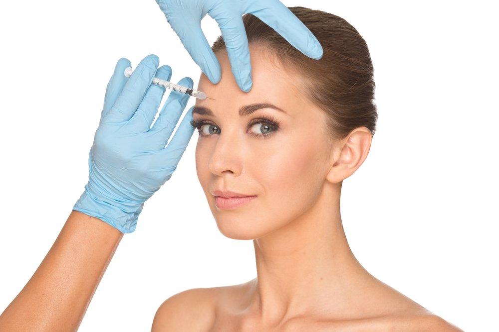 Как разгладить кожу при помощи косметологии?