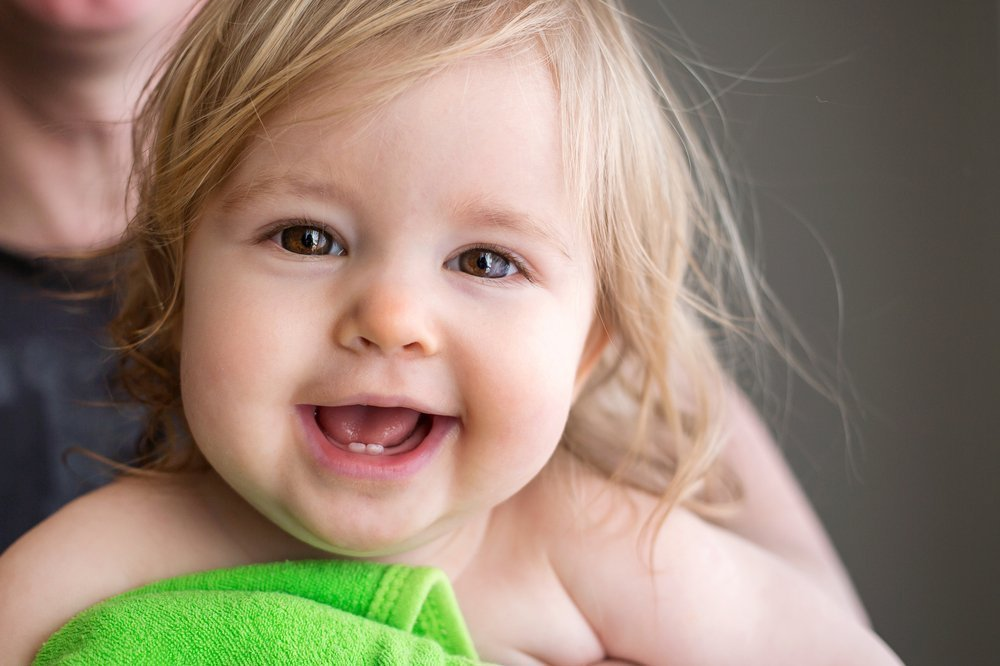 Как появляются зубы у детей
