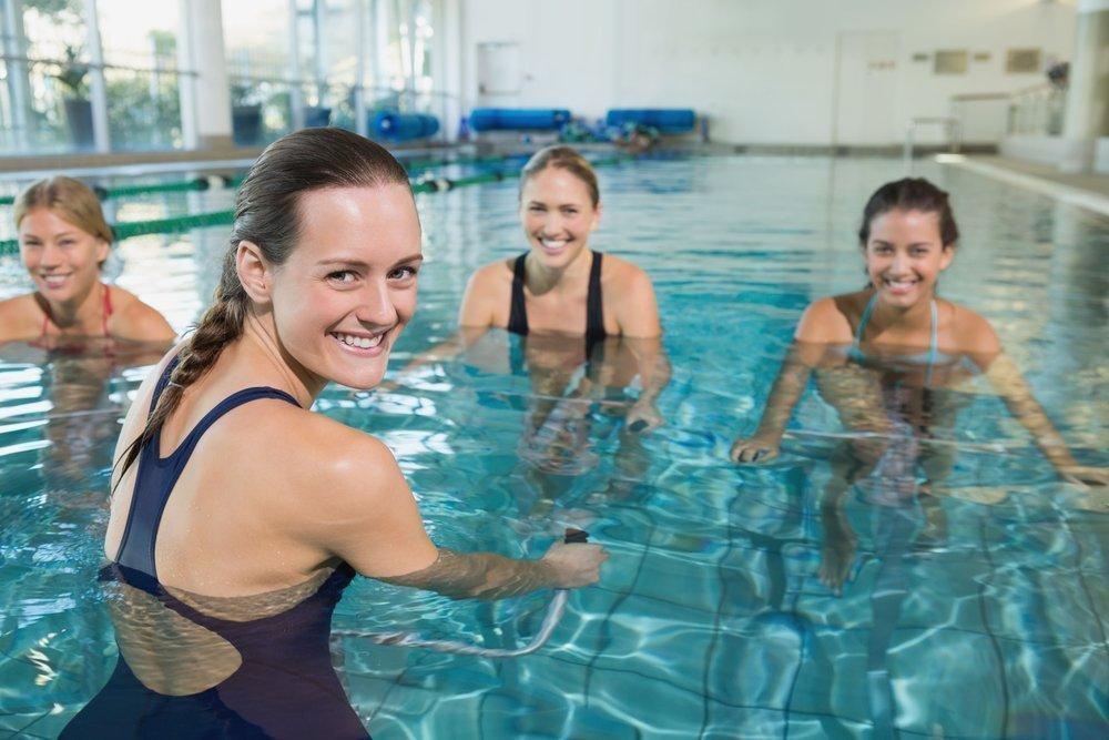 Тренировка в бассейне для похудения i