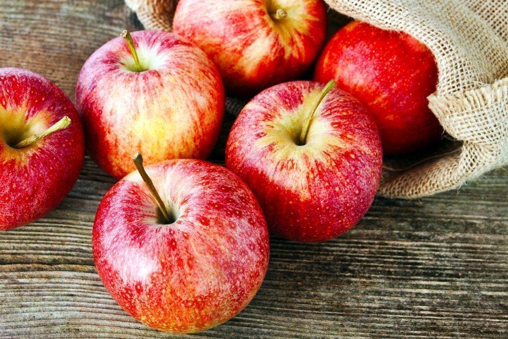 Можно ли считать яблоки универсальным лекарством?