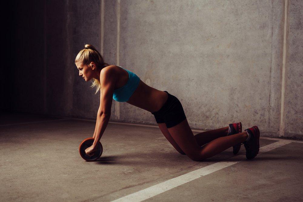 Особенности фитнеса с роликом и полезные рекомендации фанатам ЗОЖ