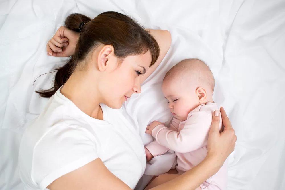 Признаки депрессивного состояния у молодой матери