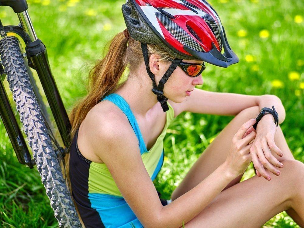 Трекеры и фитнес-браслеты: как сохранить психическое здоровье родителей