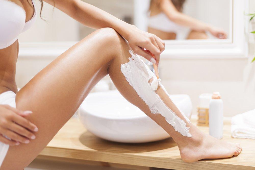 Удалить волосы и не допустить воспаления кожи: все способы