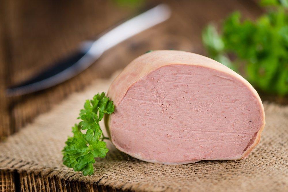 Польза ливерной колбасы в витаминах и микроэлементах