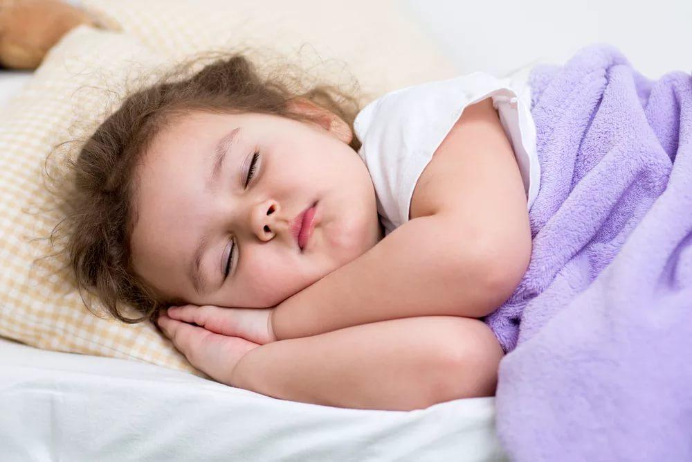 Необходимость сна для детей раннего возраста