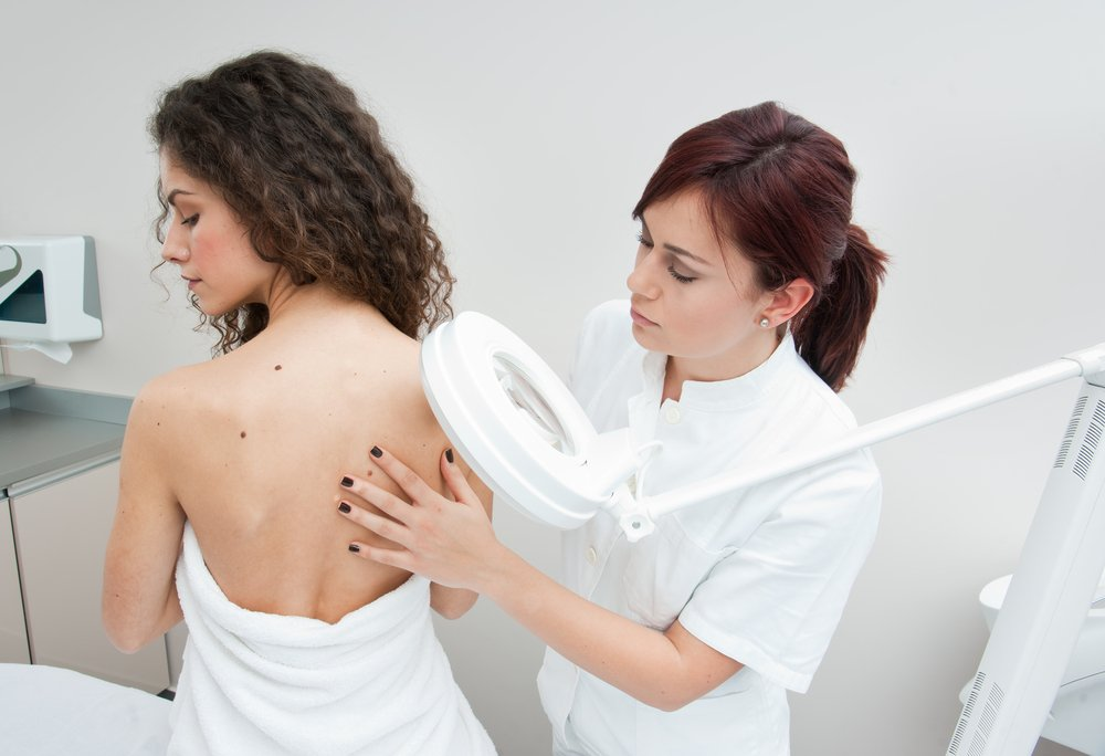 Атерома на спине