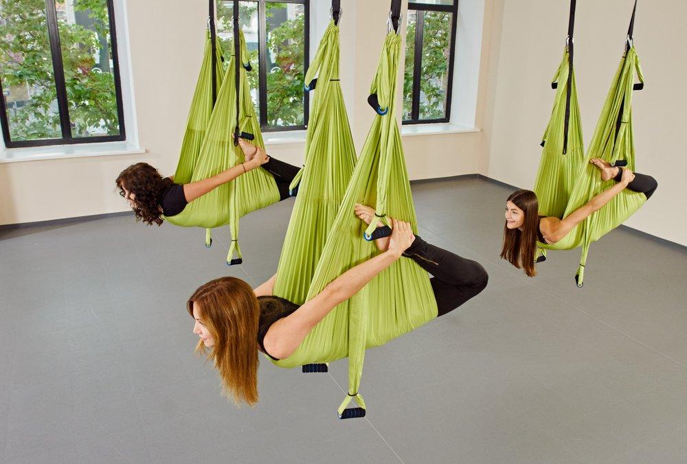 Преимущества воздушной йоги