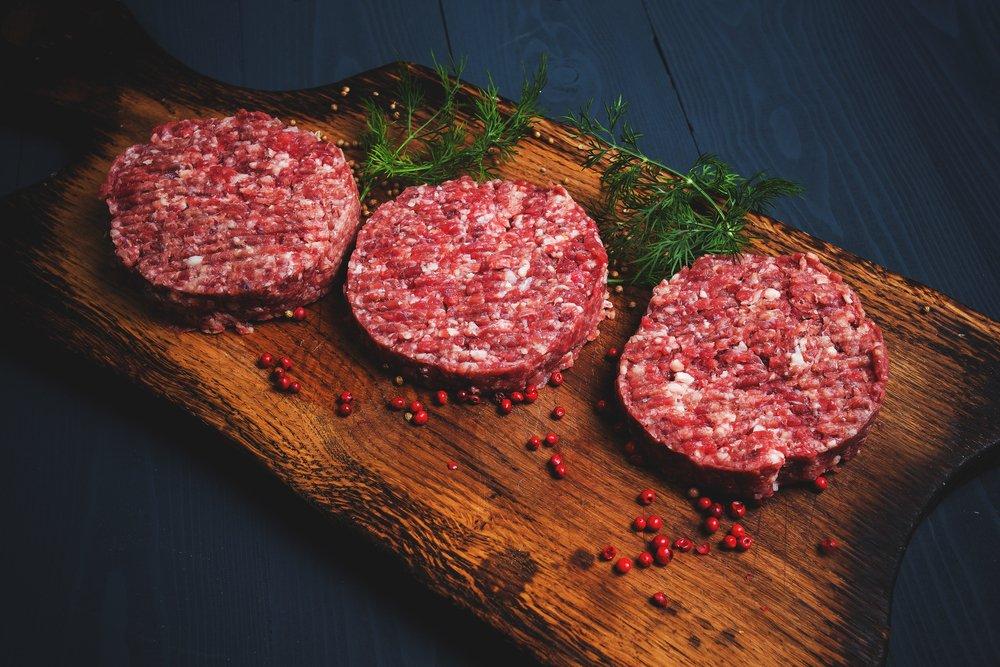 Как приготовить сочные котлеты из говядины?