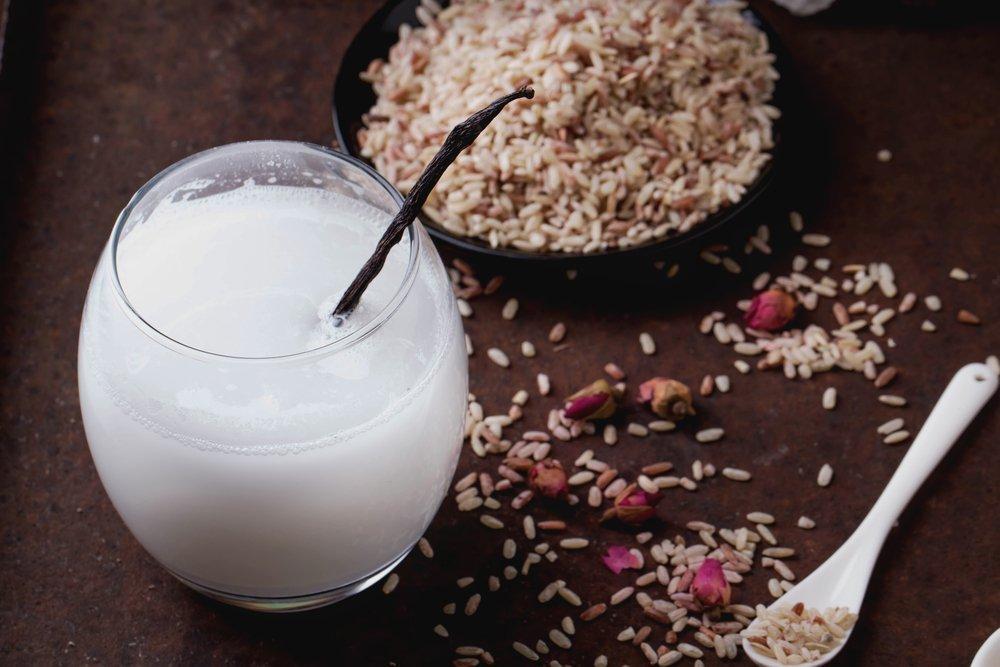 Маски из рисовой воды для ухода за локонами