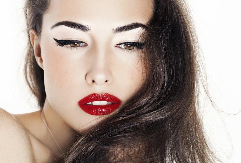 Характерные особенности французского макияжа