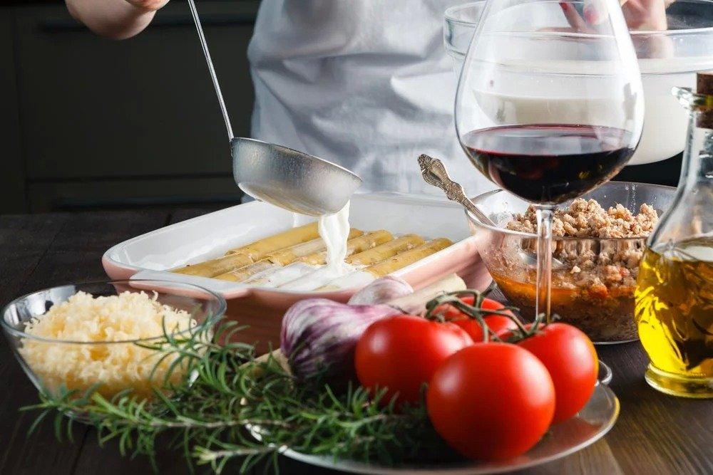 В какие рецепты вводят вино?