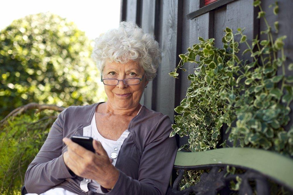 Смартфон как средство связи с окружающим миром