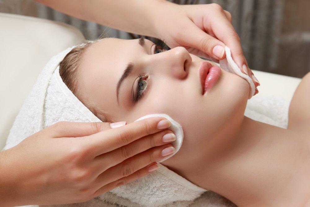 Салонные процедуры для чувствительной кожи: можно или нельзя?