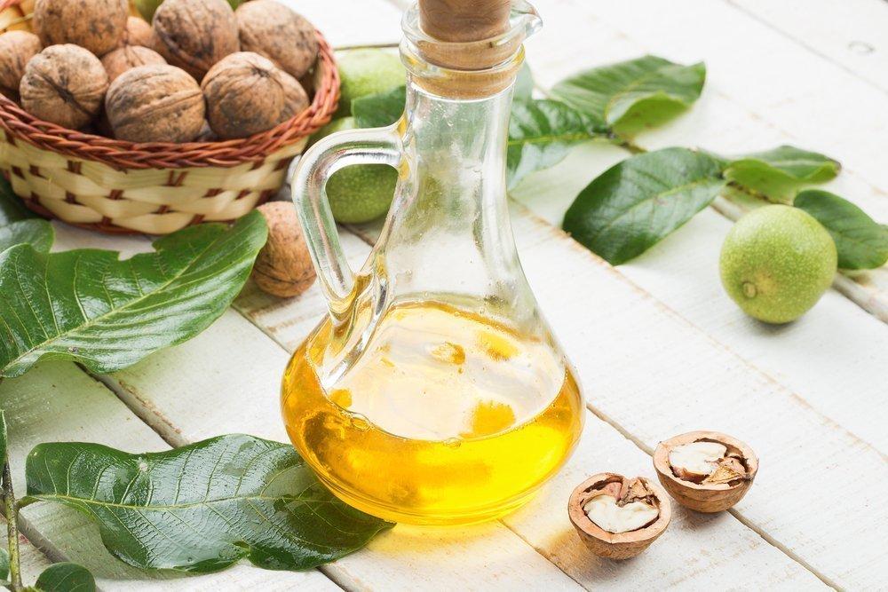 Чем полезно ореховое масло для волос