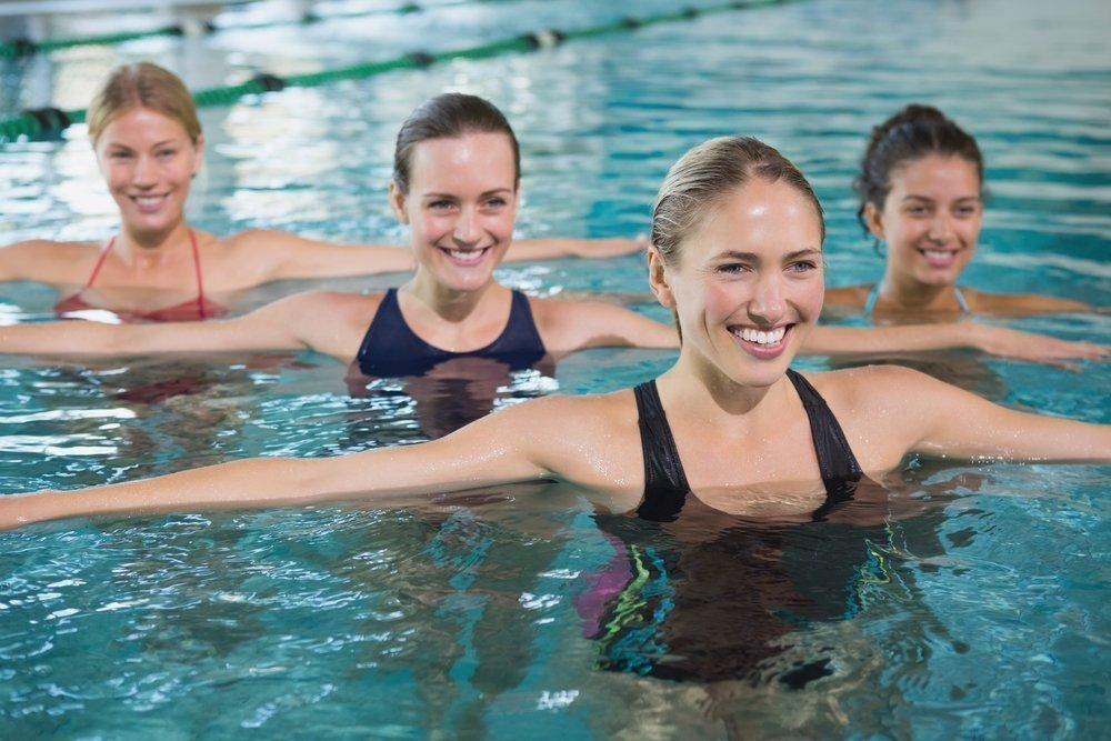 Плюсы и минусы упражнений в воде
