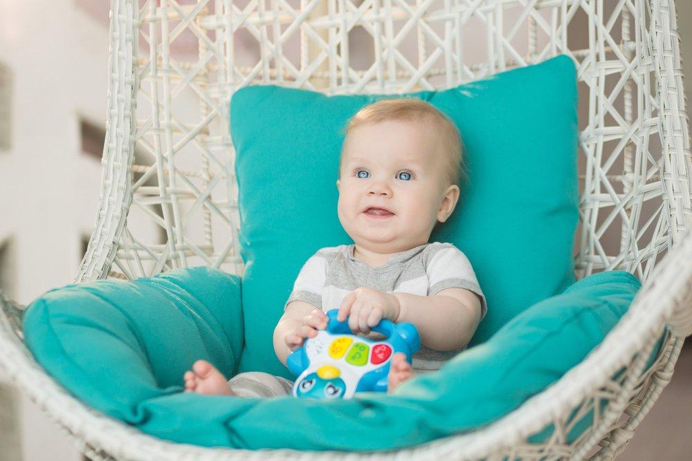 10 месяцев: физический рост и психоэмоциональное развитие ребенка