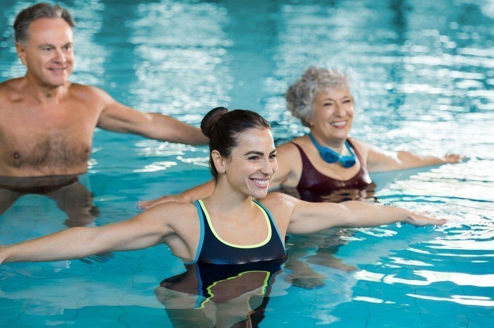 Польза упражнений на воде