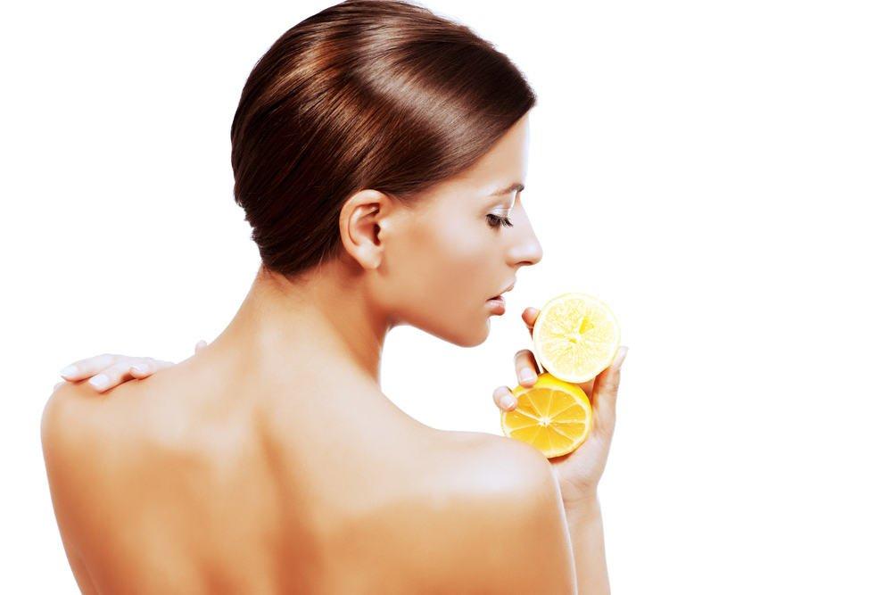 Топ-5 продуктов питания, облегчающих уход за кожей на лице
