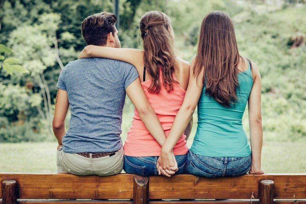 картинки с отношениями подруги группа людей