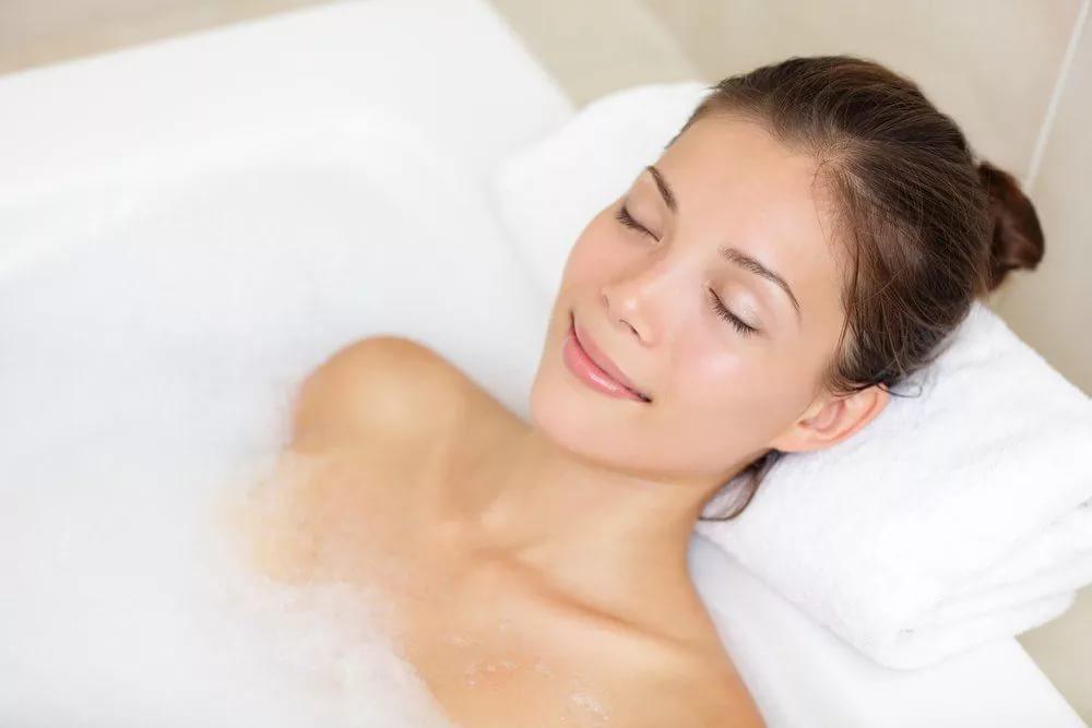 Красота тела и купание в горячей воде